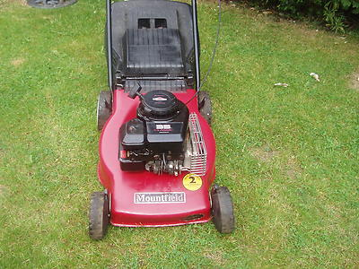 Mountfield 35 Classic Push Petrol Lawnmower Briggs
