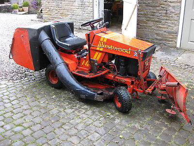 Westwood S1100 Ride On Mower Lawn Garden Tractor Mower Sit