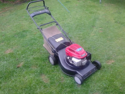Honda Champion Premier 21 53cm Self Propelled Lawnmower