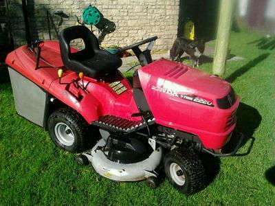 Honda Hf 2220 Lawn Tractor Lawnmowers Shop