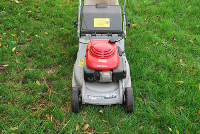 honda hrb 475 self proplled lawn mower with rear roller. Black Bedroom Furniture Sets. Home Design Ideas