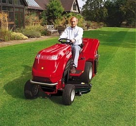 Countax D1850 Diesel Ride On Lawnmower With Collector