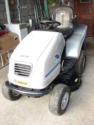 Honda Lawnboss Ride On Lawn Mower Lawnmowers Shop