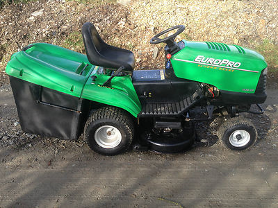 john deere  gr ride  lawn mower tractor  cut hp briggs euro pro lawnmowers shop