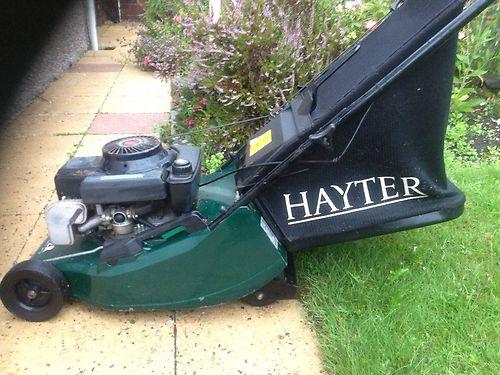 Hayter Vantage 35 Petrol Self Propelled Lawn Mower