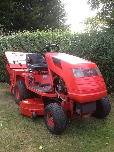 Countax K18 Twin Ride On Sit Down Tractor Lawnmower 16hp V