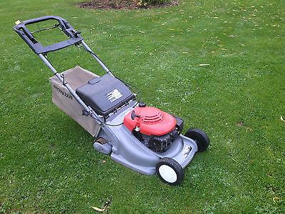 honda hrb 475 lawn mower self propelled rear roller drive. Black Bedroom Furniture Sets. Home Design Ideas