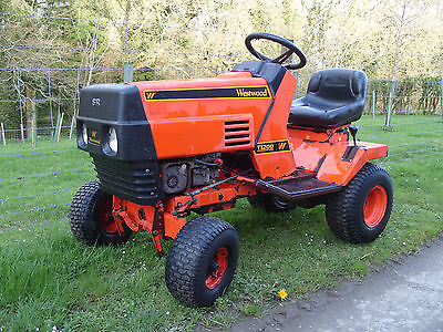 Westwood T1200 Ride On Mower Garden Tractor 12hp Electric