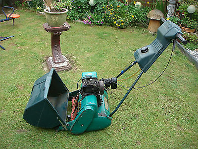 Qualcast Suffolk Punch 35s Petrol Self Propelled Lawn