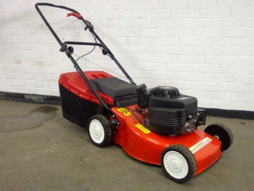 Homelite Petrol Push Lawnmower Mower 45cm Cut Powered By