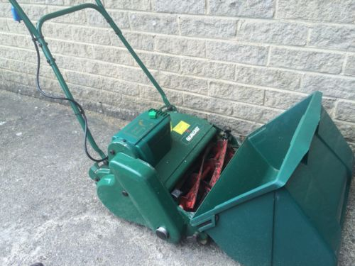 Qualcast Punch 35 Self Propelled Electric Cylinder Mower