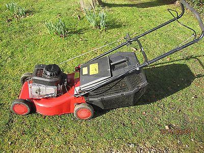 Champion R434 Petrol Push Lawnmower 41cm Briggs And