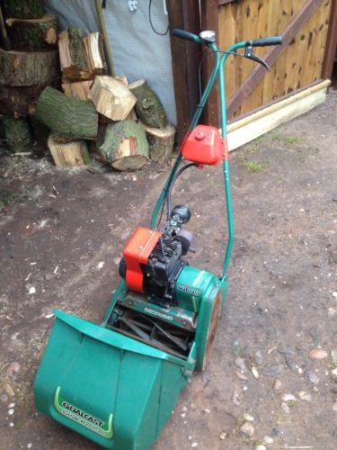Qualcast Suffolk Punch 30 Petrol Engine Rear Roller Lawn