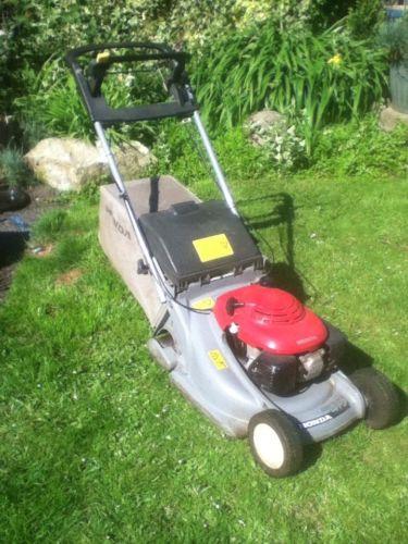 honda hrb 475 petrol 19 self propelled lawn mower. Black Bedroom Furniture Sets. Home Design Ideas