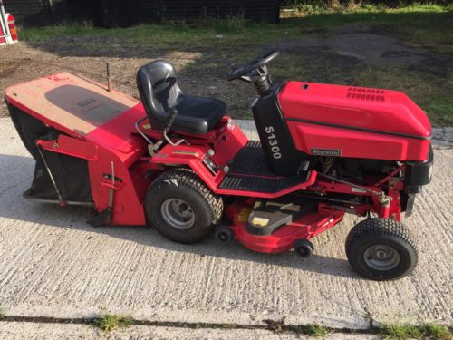 Westwood S1300 Ride On Tractor Lawn Mower Grass Pick Up