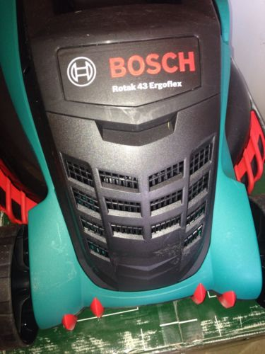 bosch rotak 43 ergoflex corded electric rotary lawnmower 230v 06008a4374 lawnmowers shop. Black Bedroom Furniture Sets. Home Design Ideas