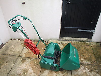 Qualcast Classic Electric 30s Self Propelled Lawnmower