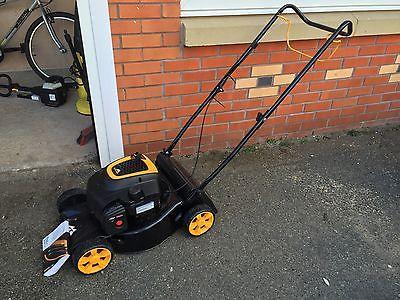 mcculloch m40 125 petrol rotary push lawnmower 125cc. Black Bedroom Furniture Sets. Home Design Ideas