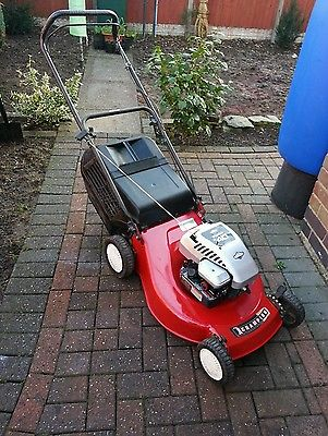 Champion Briggs And Stratton Petrol Lawnmower Push